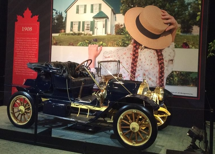 The Canadian Automotive Museum's 1910 McKay at the 2017 Canadian International AutoShow in Toronto.