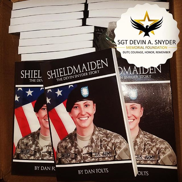 So amazing to see Devin's story being shared in book form... Devin joined the Army at 18, with a passion for law enforcement and the US Army, which her family carries on today through the #SGTDevinSnyderMemorialFoundation. Proceeds support their work. #toastahero #cohocton