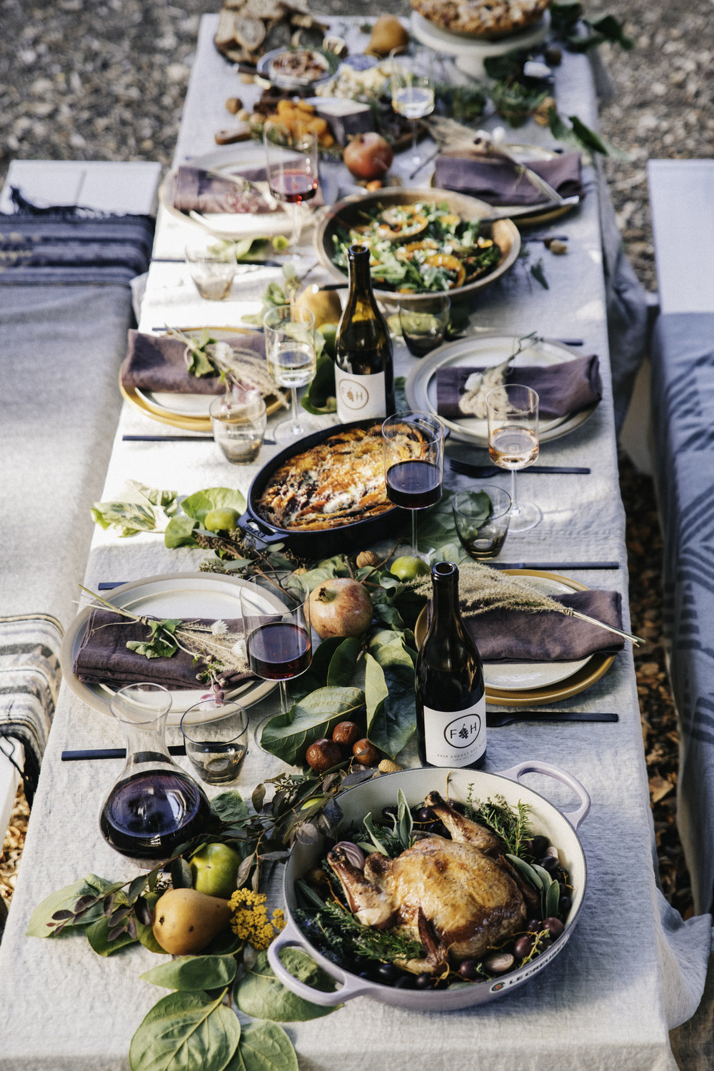 The complete fall harvest table. Photo: Silas Fallstich.