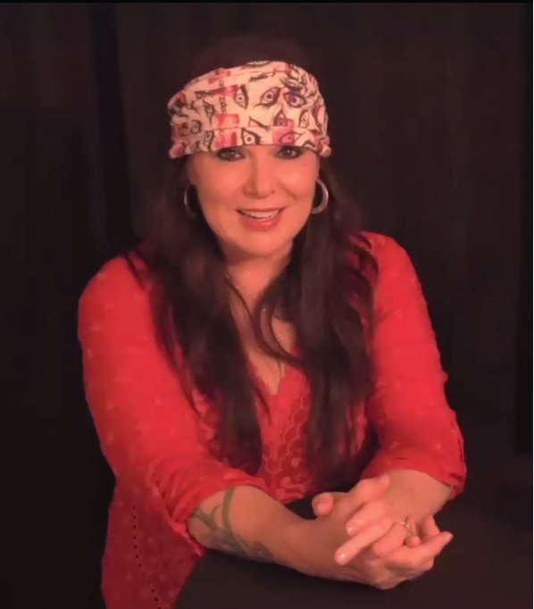 ann wilson wearing law headband