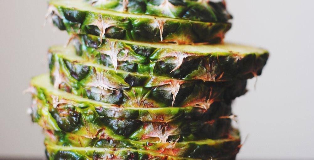 Pineapple (Topless)