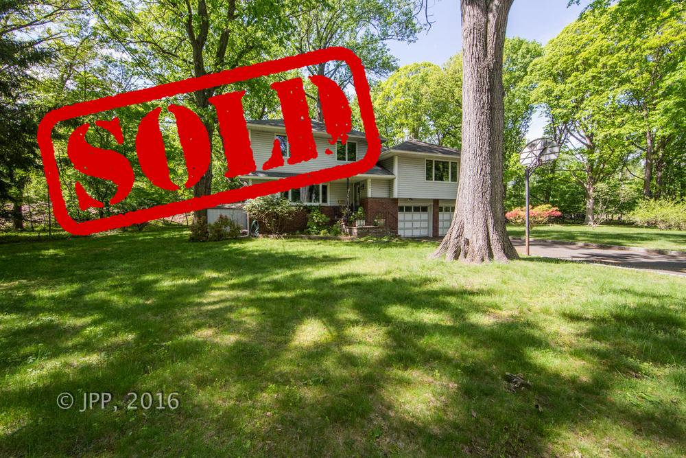 300 SPRING LANE, HAWORTH NJ - $515,000 // sold