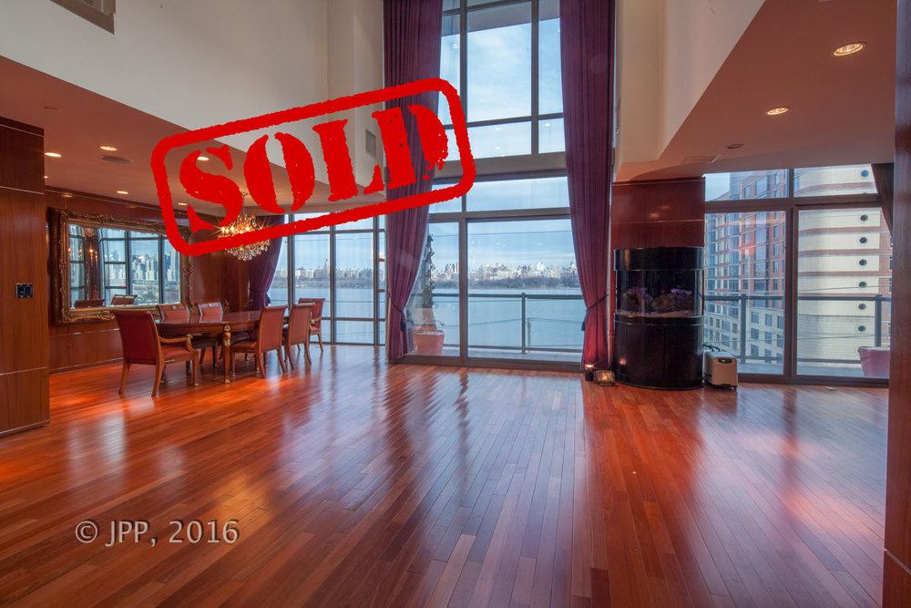 8125 river road., north bergen nj - $800,000 // sold