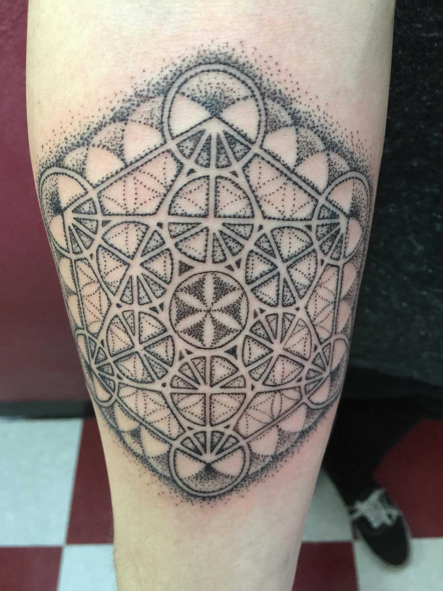 Dotwork Geometric Tattooer Net