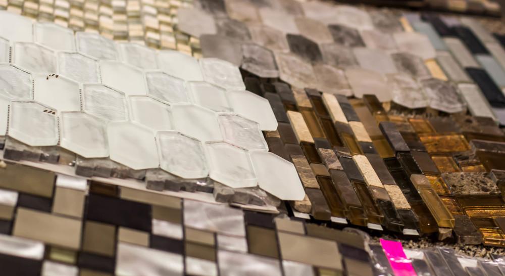 DP_Chantal-Devane-Brown-Kitchen-Tile-Backsplash_s4x3.jpg.rend.hgtvcom.1280.960.jpeg