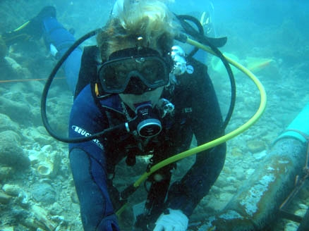 Florence working on the 1760's French   Faience Wreck   in Monte Cristi Bay