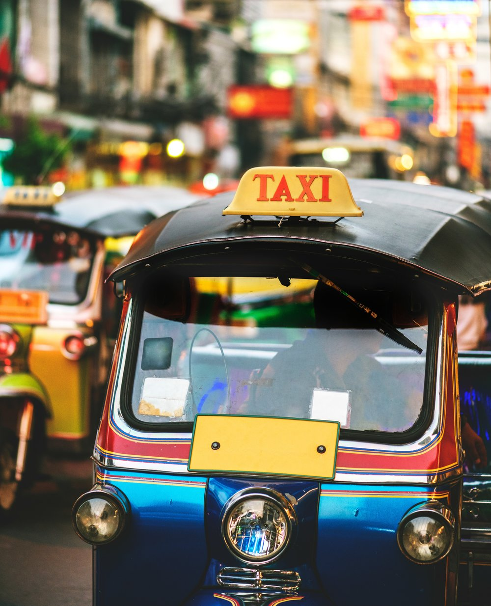 asian-bangkok-blurred-background-1376967.jpg