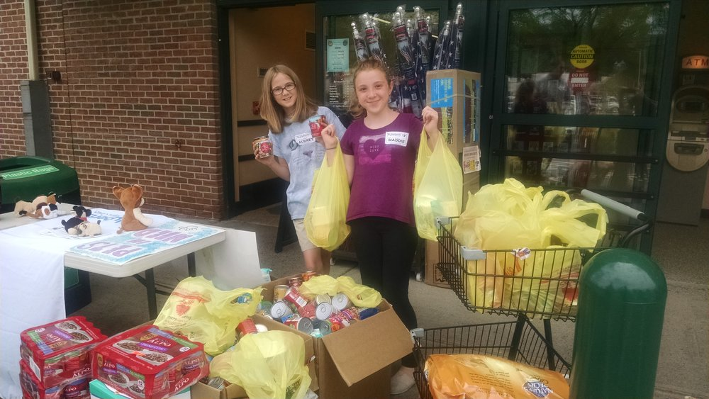 Youth Ambassadors organizing a very successful donation drive at a local store.