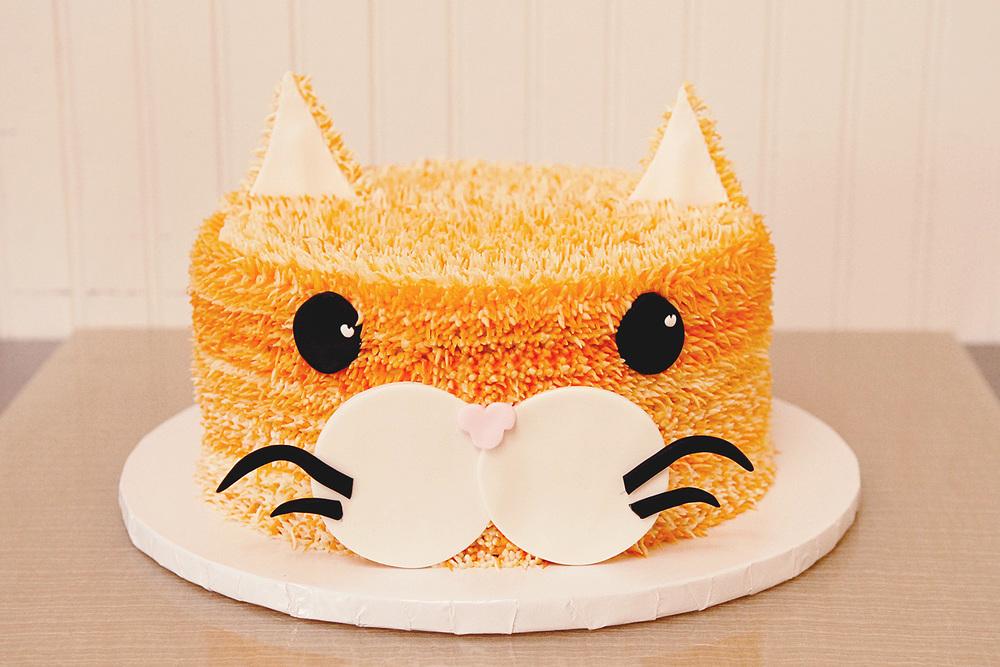 other_custom_cakes_002.jpg