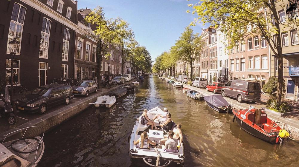 canal cruise.JPG