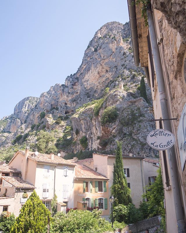 Moustiers-Sainte-Marie was one of my favorite villages from Les Plus Beaux Villages (The Most Beautiful Villages) list and you can see why! Nestled high up in a limestone cliff face, this town overlooks a gorgeous valley and you can even see Lac St. Croix in the distance . . . . . . .  #travelgram #travelbug #traveltheworld #instatravel #traveladdict #globetrotter #travelblog #instapassport #backpacking #wanderlust #wanderer #travelblogger #travelgirl #traveldeeper #travelstoke #travelawesome #doyoutravel #passionpassport #exploringtheglobe #willjourney #glt #charmedtraveler
