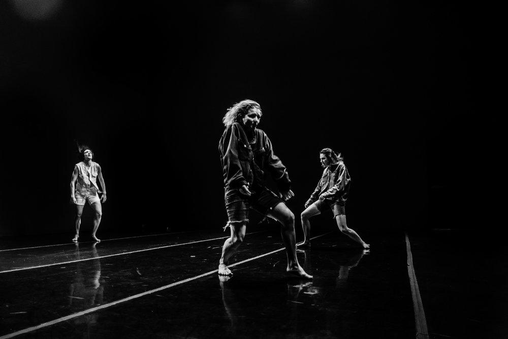 Maryanna Lachman, Abby Crain, and Mara Poliak, Snake Talk (2016), CounterPulse. Photograph by Robbie Sweeny.