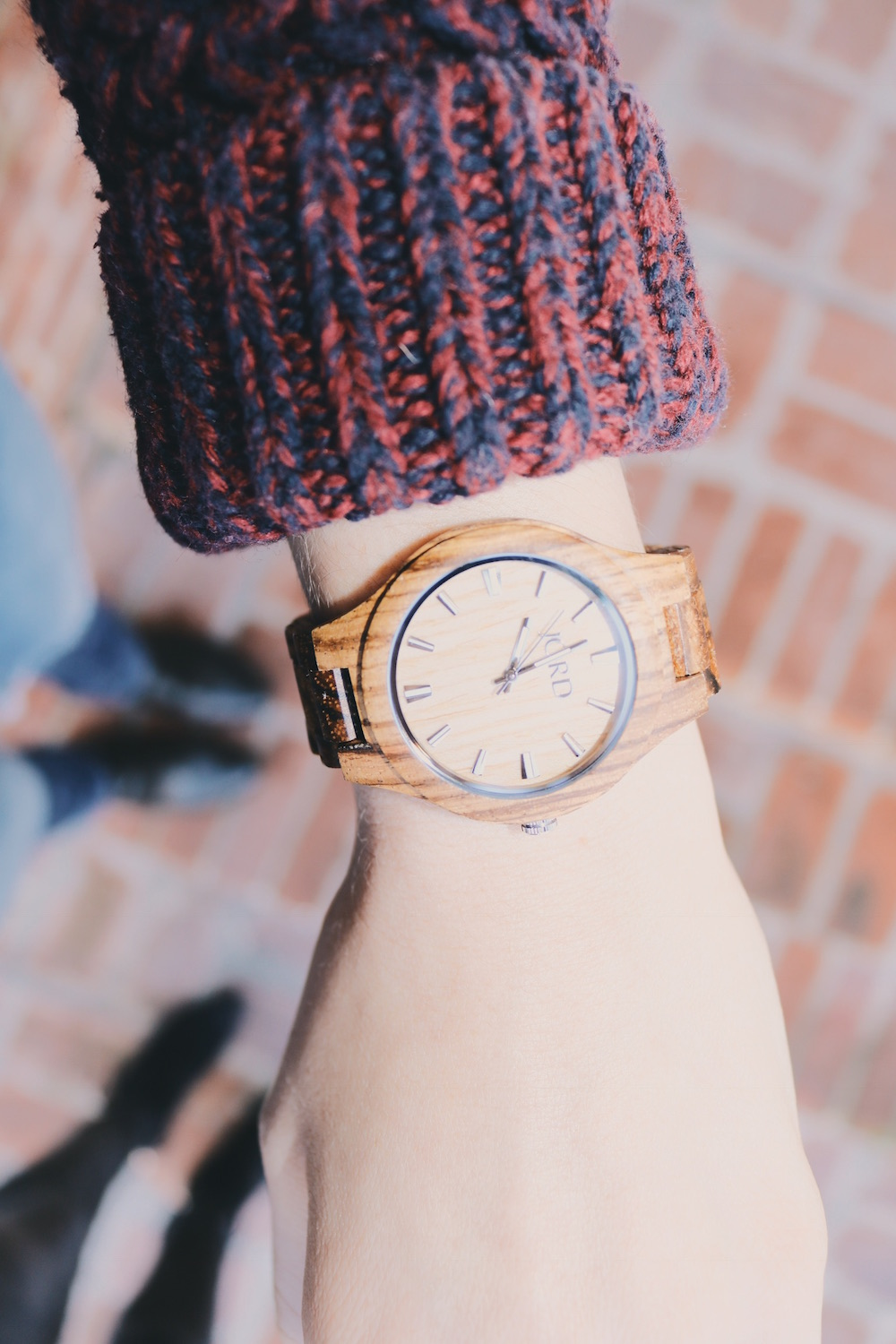 Sweater with wooden watch style