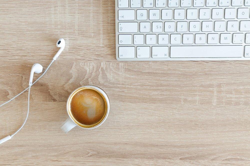coffee-cup-desk-317377-2.jpg