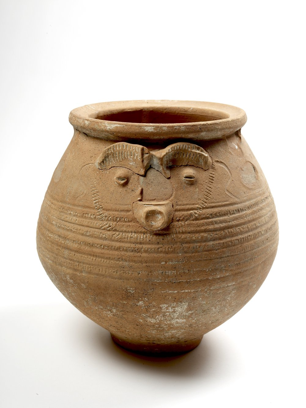 Face pot used as a cremation urn © Museum of London.jpg