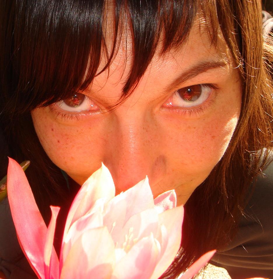 i eat flowers