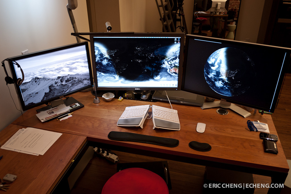 how to connect 3 monitors mac pro