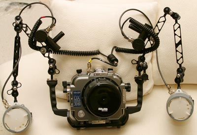 Sea & Sea D30/60 Housing and Standard Flat Port,   w/two Ikelite DS-125 Strobes & Ikelite Manual Strobe Controllers