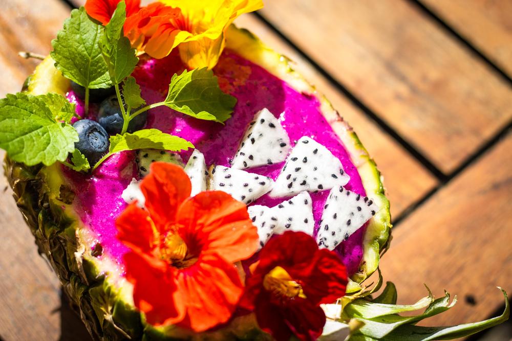 Mega tropic pitaya smoothie