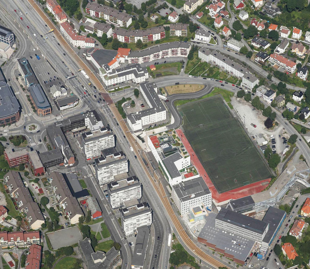 1 Oblique aerial photo - overview of the situation.jpg