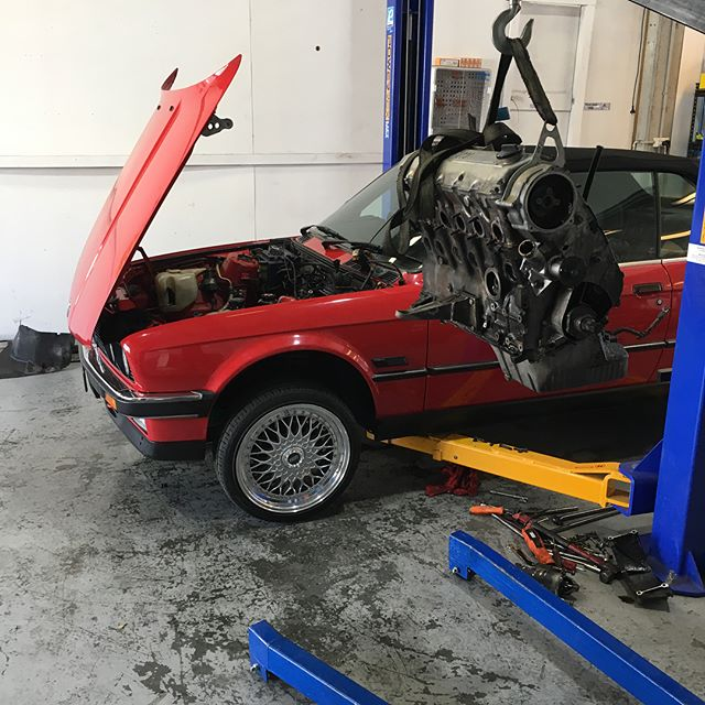 Engine rebuild and back in. Just setting up the ecu and #ITBs almost ready for its first start. #bmw #bimmer #convertible #2.9stroker @stirling.motorworks
