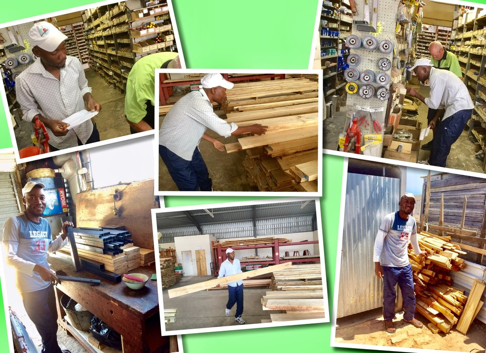 Joseph op jacht naar hout en bouwmaterialen