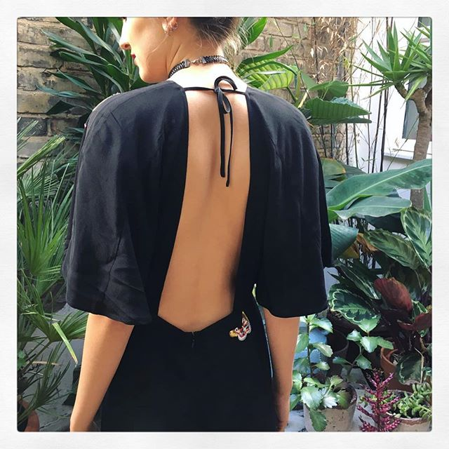 Beautiful backless dress with embroidery @rixolondon getting ready for the party season @diverselondon