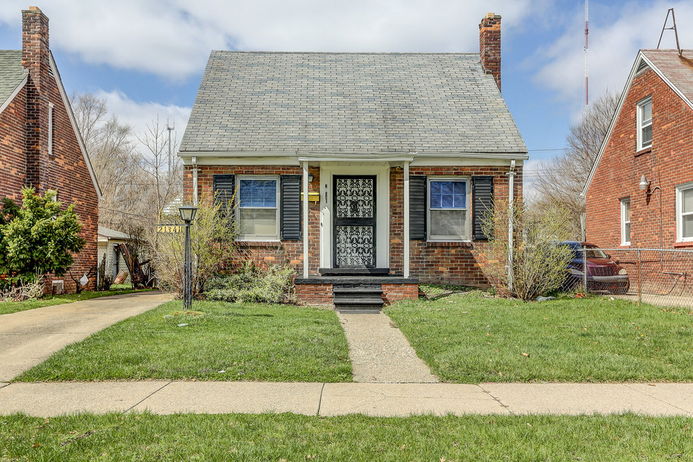 21341 Reimanville, Ferndale MI   Ferndale Neighborhood   3 Bedroom, 1 bathroom, 850 SqFt Turn key real estate investment property  NET ROI:11.10%   For details & photos click here >
