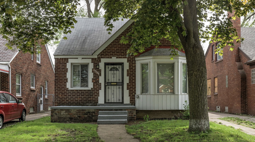17394, Mendota MI   Bagley Neighborhood   3 Bedroom, 1 bathroom, 823 SqFt Turn key real estate investment property  NET ROI:  10.80%   For details & photos click here>