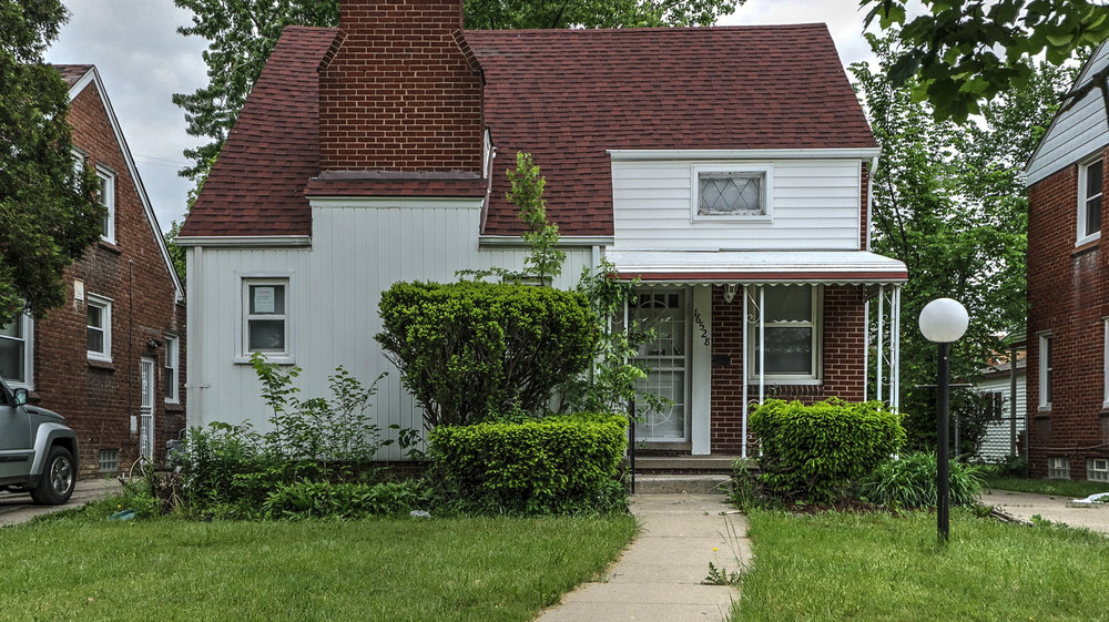 16258 Harlow, Detroit MI   Belmont Neighborhood   3 bedrooms, 1 bathroom, 1,412 SqFt Turn key real estate investment property  NET ROI:  10.95%   For details & photos click here >