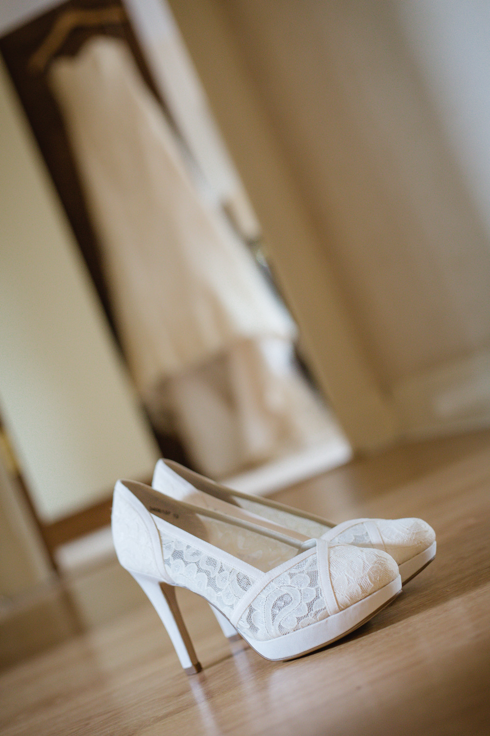 charnwood_weddings_halstead_house_Anita_Ben3.JPG