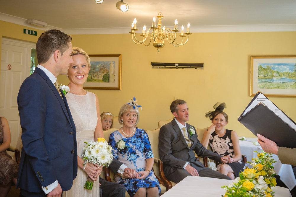 charnwood_weddings_barnsdale_lodge_rutland_dave_j71ane.JPG
