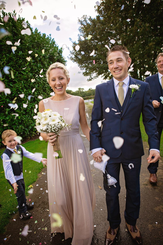 charnwood_weddings_barnsdale_lodge_rutland_dave_j74ane.JPG