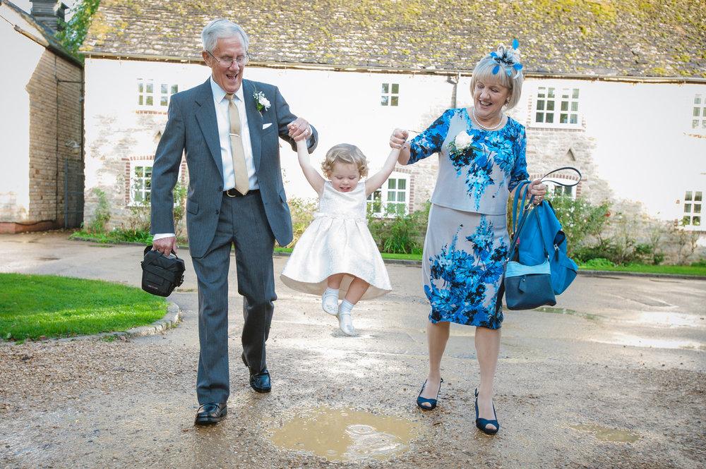 charnwood_weddings_barnsdale_lodge_rutland_dave_j106ane.JPG