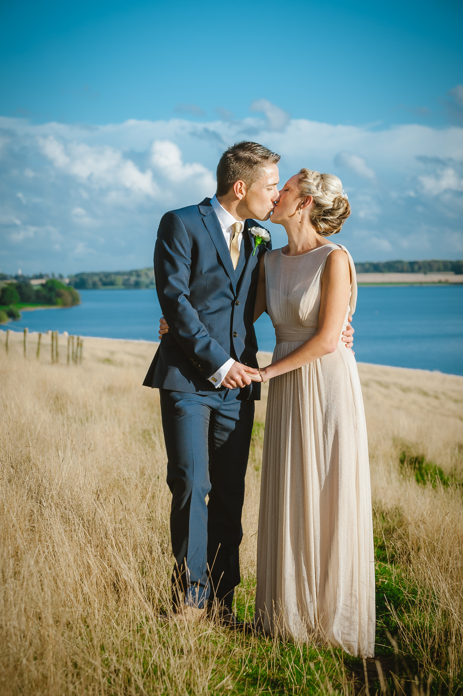 charnwood_weddings_barnsdale_lodge_rutland_dave_j108ane.JPG