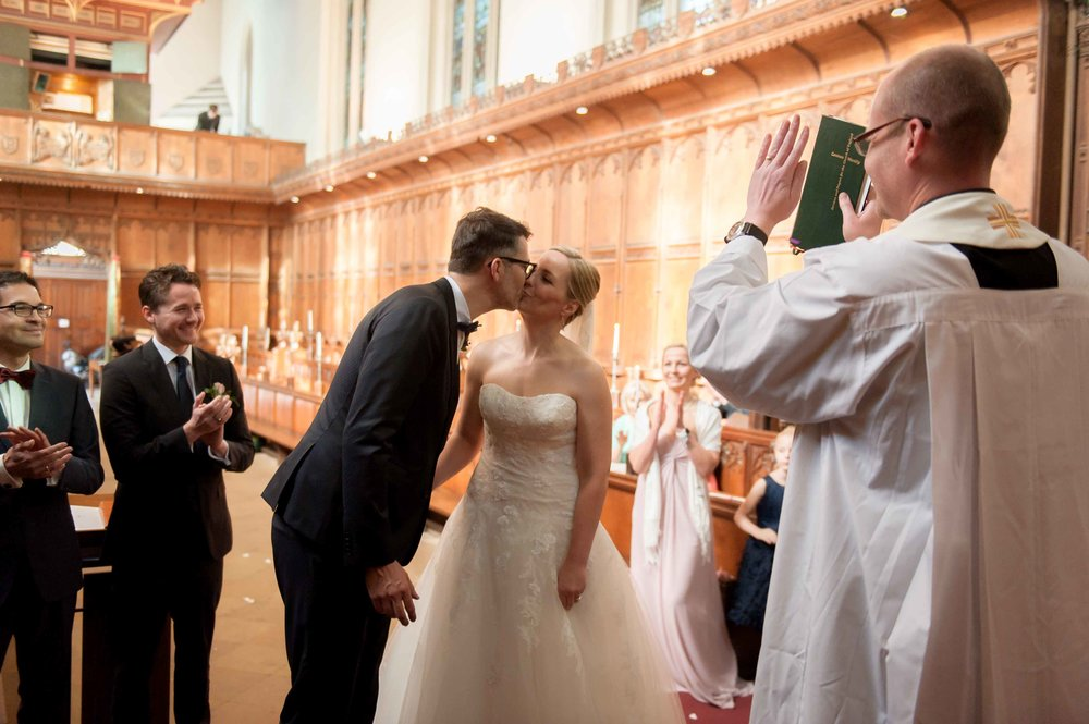 Adrian_Nicole_Charnwood_Weddings_Queens_College_Cambridge-1024.jpg
