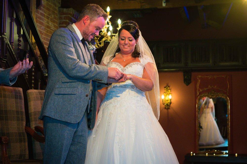 14.02.17 - Matt-Faye-Coombe-Abbey-Valentine-Wedding-Charnwood-Photography-1040.jpg