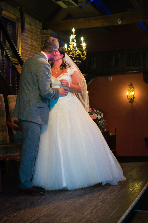14.02.17 - Matt-Faye-Coombe-Abbey-Valentine-Wedding-Charnwood-Photography-1043.jpg