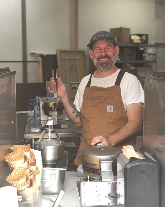 Stop by today and get a cone made specially for you by this guy!  12-5 pm  Flavors-  vegan Deluxe Chocolate 🍫  vegan Orange Marmalade 🍊 Lemon Curd 🍋 Earl Gray HoneyBlossom ☕️