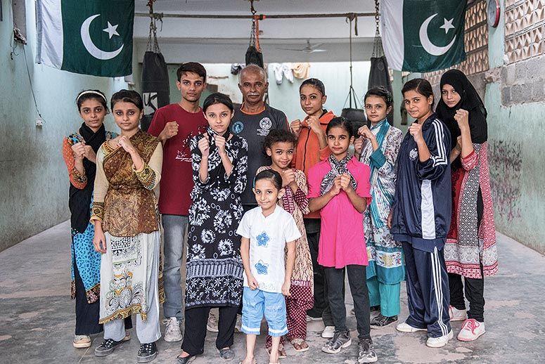 pakistan-girls.jpg