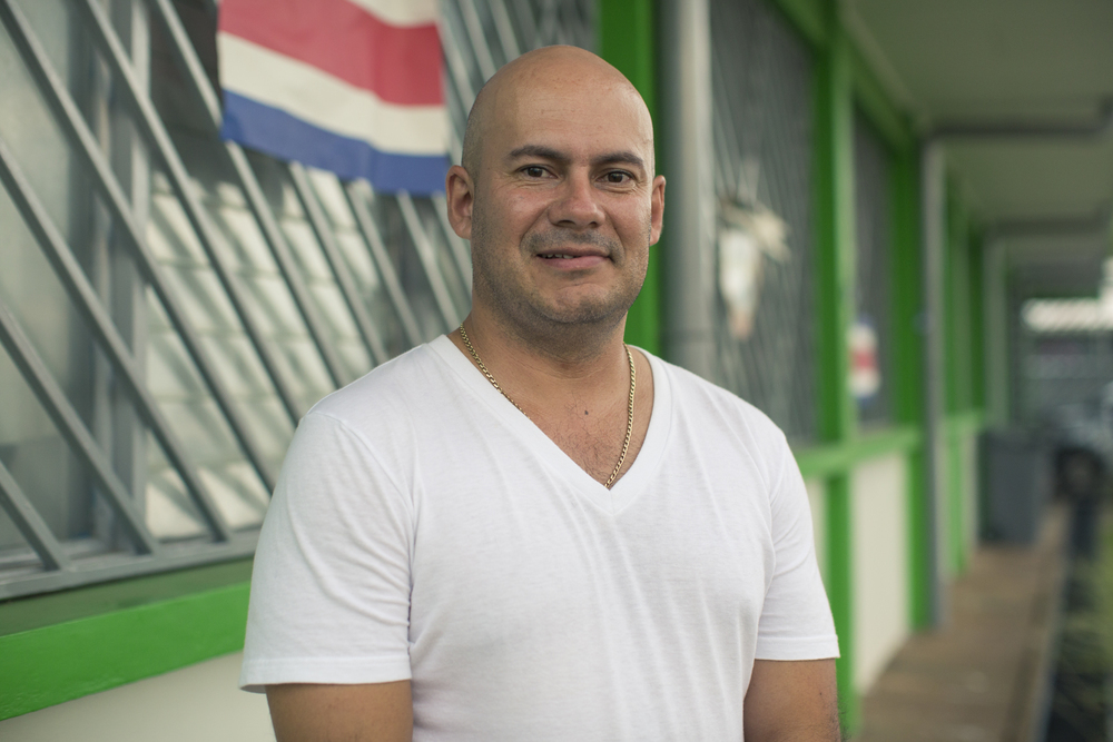Alexander León, director Regional del Área de Conservación Arenal Tempisque, lleva 13 años trabajando y reconociendo la importancia del Golfo de Nicoya.