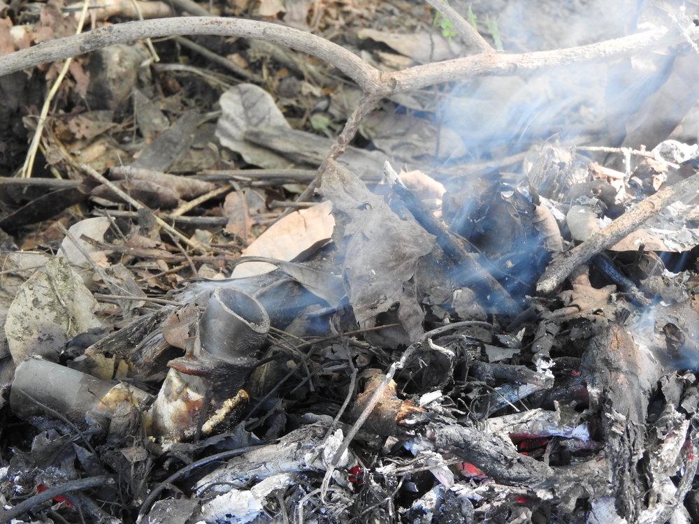 La mayoría de desechos se queman o arrojan al Golfo de Nicoya. (Foto de la Red del Golfo)