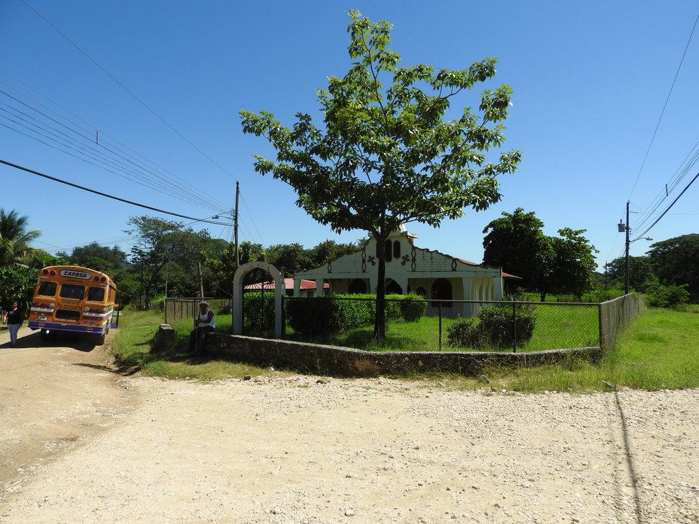En Copal de Nicoya no pasa el camión de la basura. (Foto de la Red del Golfo)