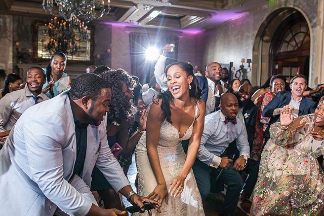 When the bride @lavidalakiah isn't afraid to have fun! Happy Friday everyone 📷 @fotosbyfola . . . . #atlantaweddingplanner #atlantaeventplanner #ravenj #weddinginspiration #weddingideas  #atlantaweddings #atlantabrides #engaged #ravenjevents #atlantawedding #bcollectivemagazine