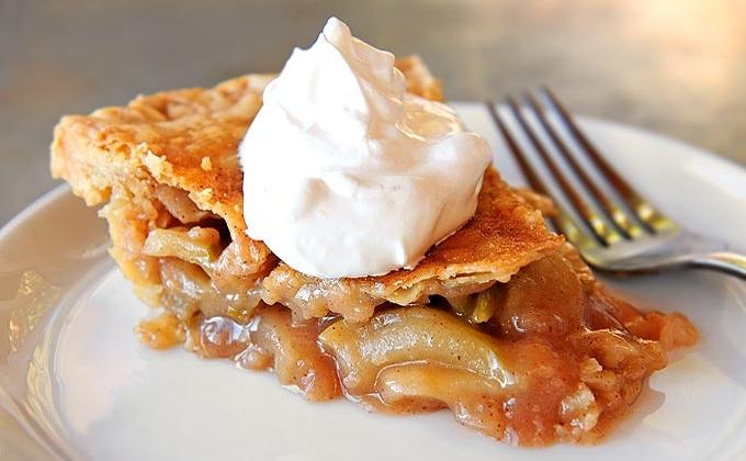 Apple pie and ice cream (Photo:  She Wears Many Hats )