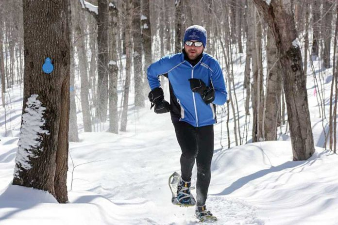 Snowshoer enjoying the trails (Photo:  Expositor )