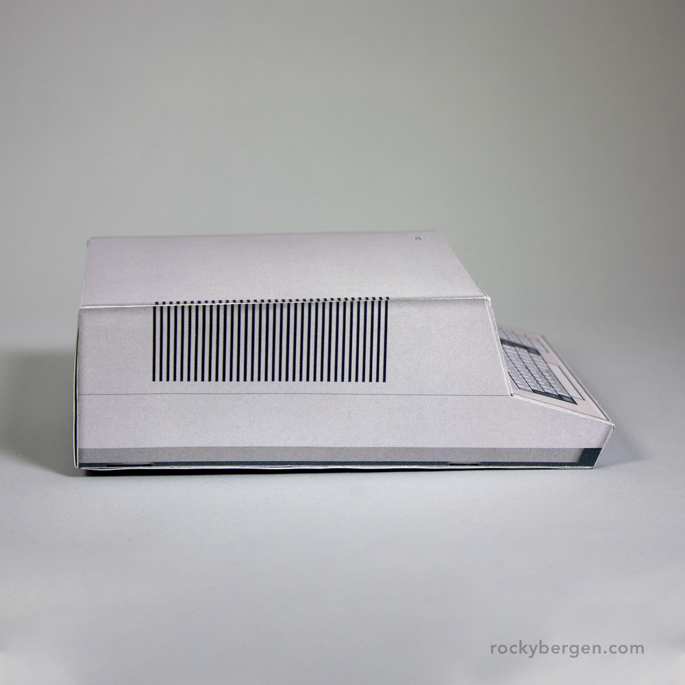 IBM 5100 - Papercraft Model Side