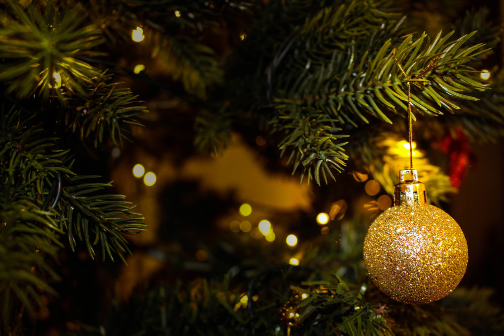 golden-tree-christmas-ornament.jpg