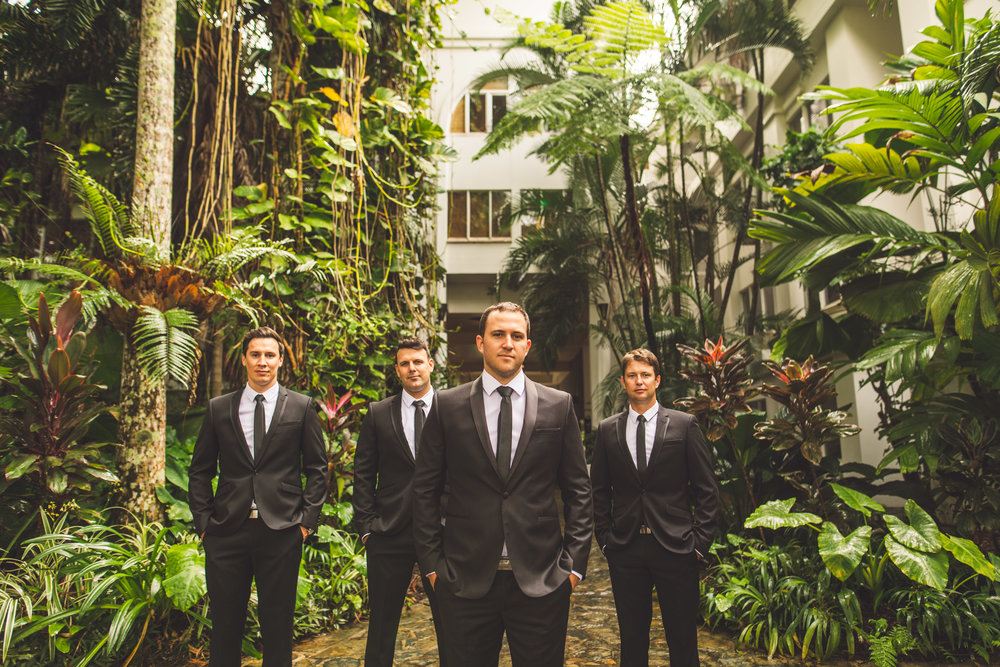 007 groom