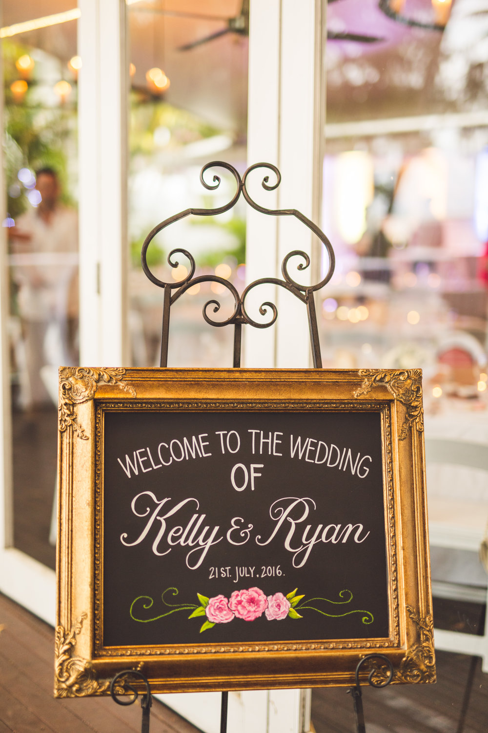 floral wedding welcome sign in gold frame